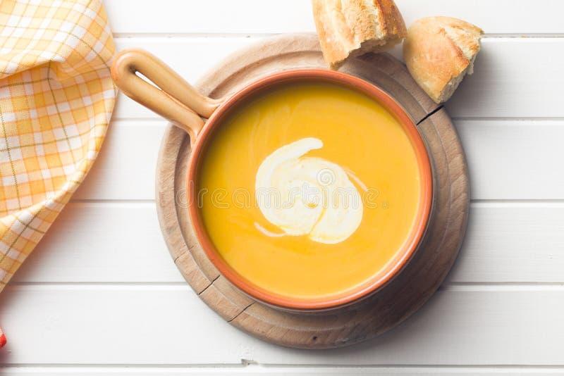 Soupe crème à potiron photo stock
