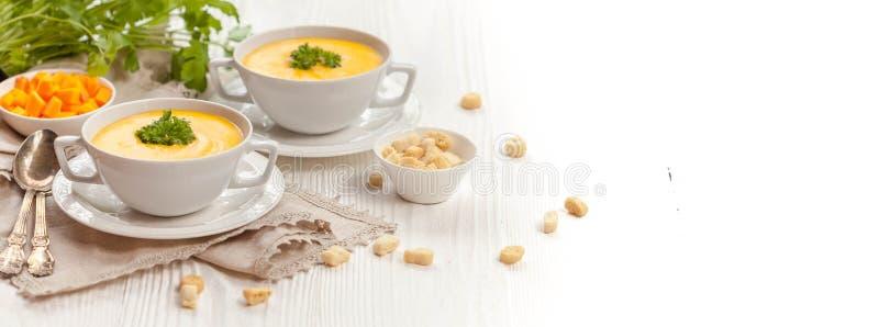 Soupe crème à potiron photographie stock libre de droits