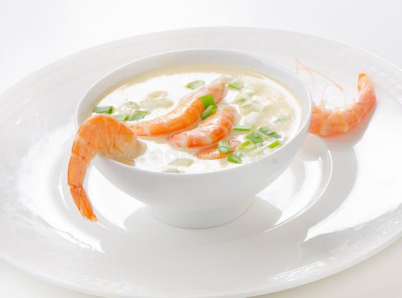 Soupe crémeuse avec des fruits de mer photographie stock