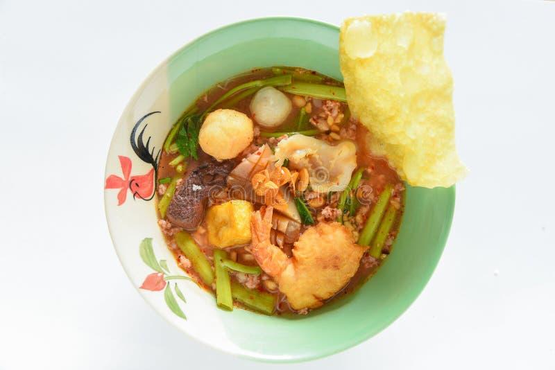 Soupe de nouilles rose, Yen Ta Fo images stock