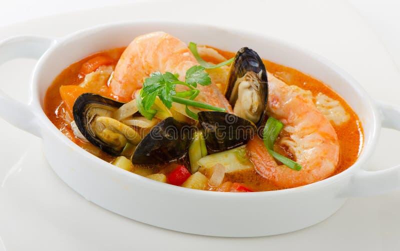 Soupe fraîche à fruits de mer photo libre de droits
