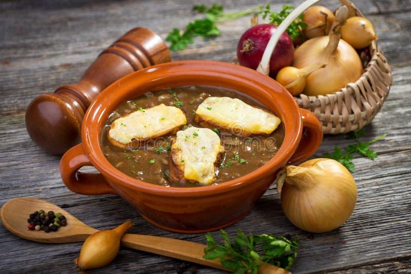 Soupe française à oignon photo stock
