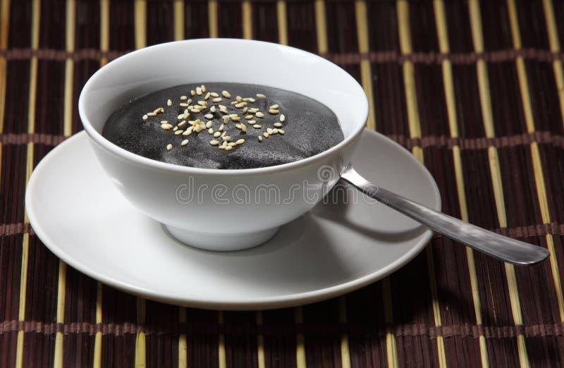 Soupe noire à sésame photographie stock libre de droits