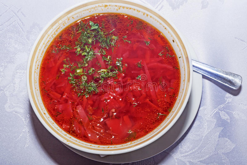 Soupe russe et ukrainienne traditionnelle à borsh image libre de droits