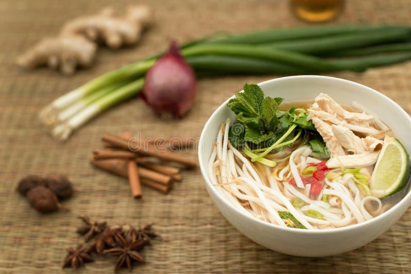 Soupe vietnamienne à pho photos stock