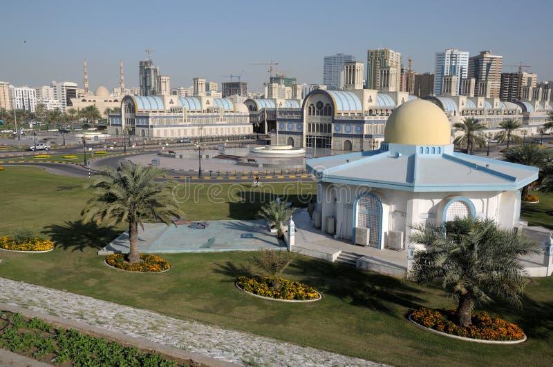 Souq central en la ciudad de Sharja imagen de archivo libre de regalías