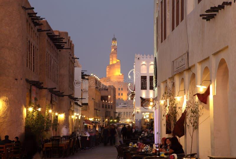 Souq Waqif bij schemer, Doha Qatar stock afbeeldingen