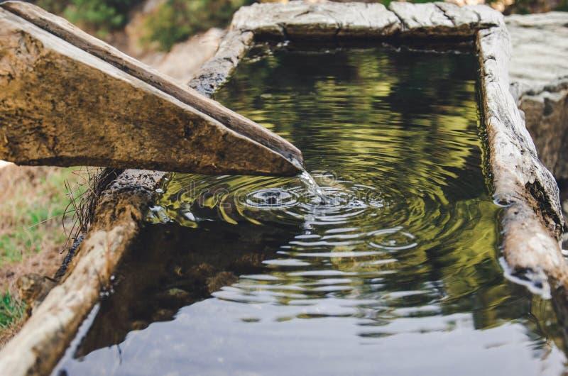 Source d'eau dans le canyon photographie stock