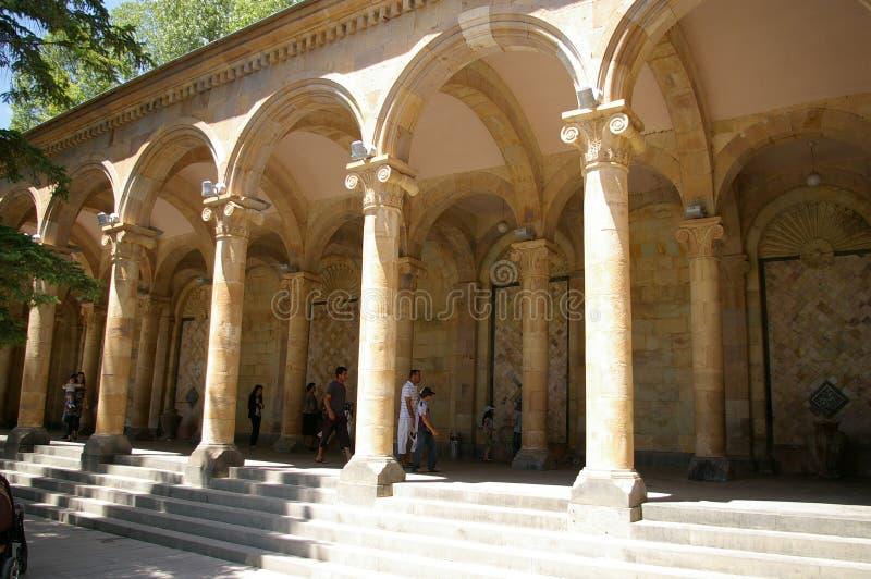 Source de l'eau minérale chaude Station de vacances Jermuk, Arménie images libres de droits
