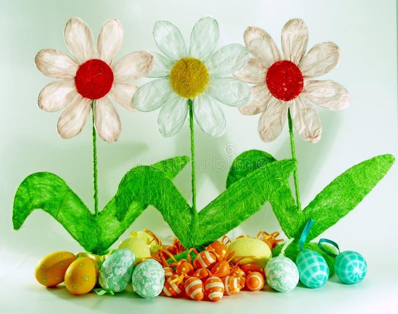 Source et décoration de Pâques images libres de droits