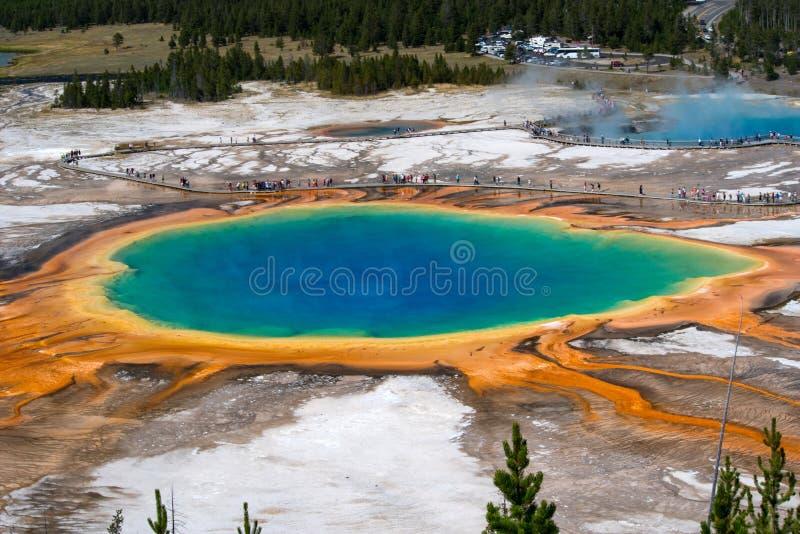 Source prismatique grande, stationnement national de Yellowstone image libre de droits