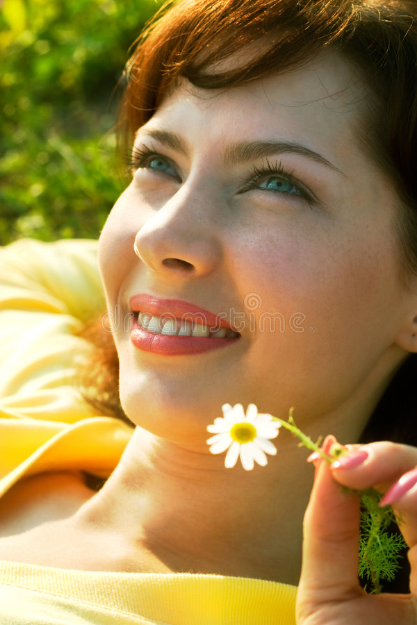 Sourire d'été image stock