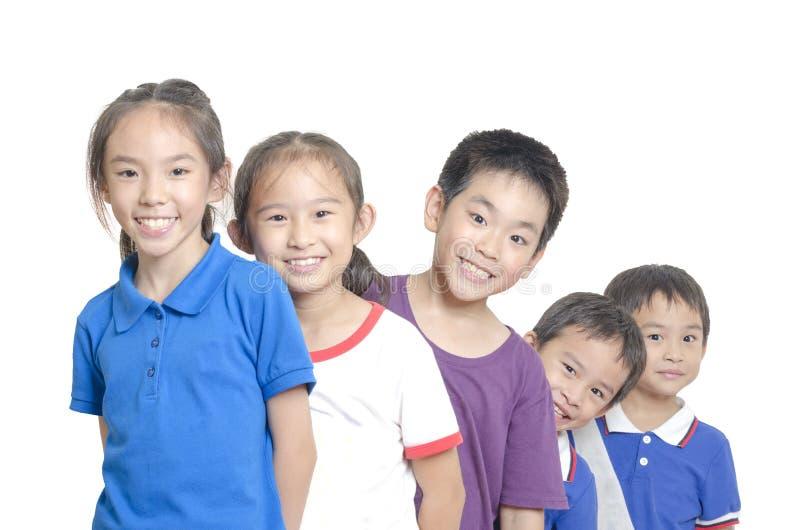 Sourire de cinq enfants image libre de droits