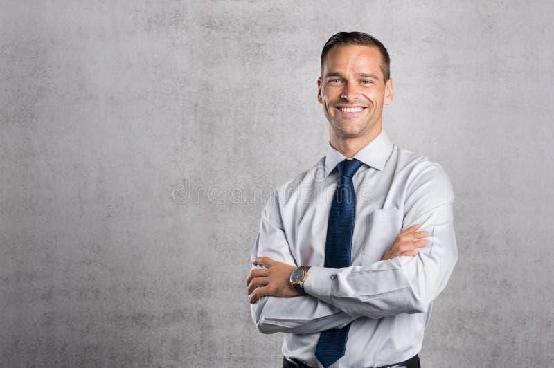 Sourire fier d'homme d'affaires photo stock
