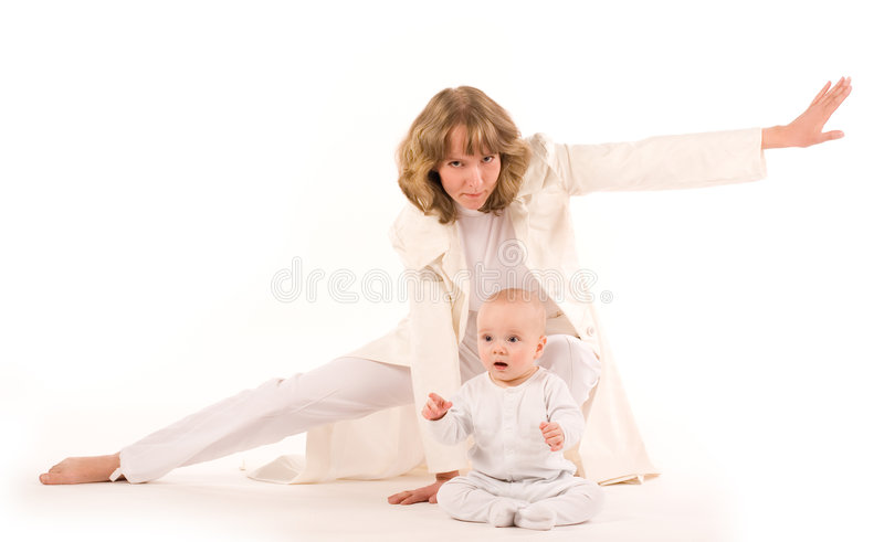 Sous la protection de mère image stock