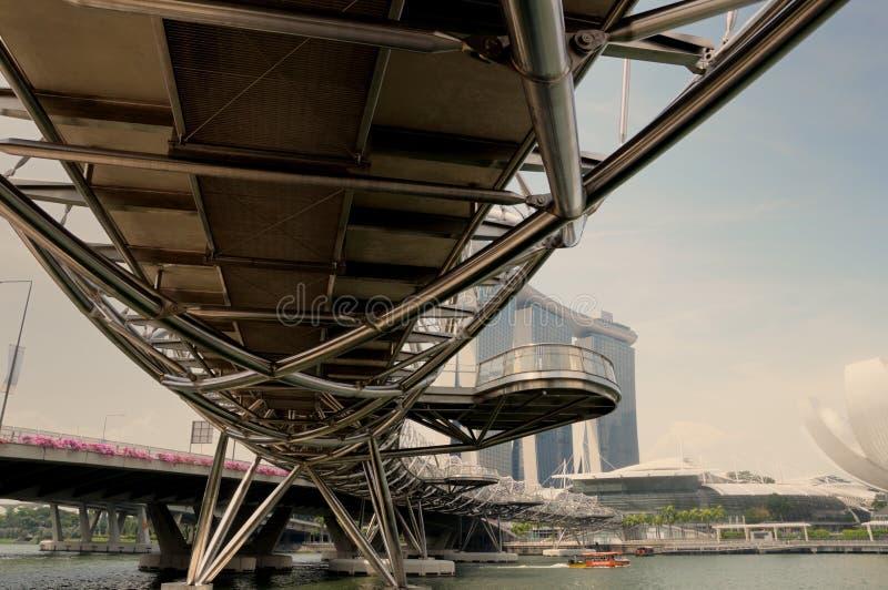 Sous le pont d'hélice de Singapour photo libre de droits