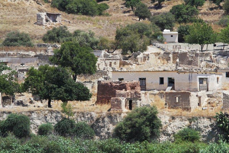 Souskiou porzucał wioskę w Paphos okręgu, Cypr zdjęcie stock