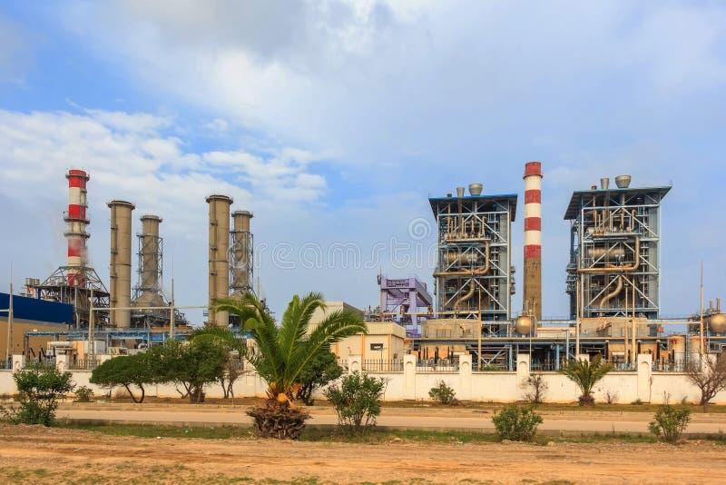 Sousse-Wärmekraftwerk in Tunesien lizenzfreies stockfoto