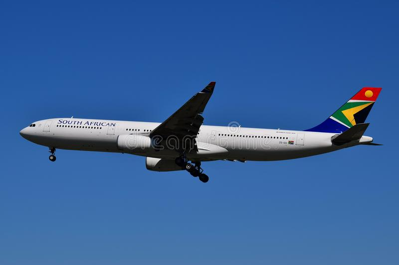 South African Airways A330 lizenzfreie stockbilder