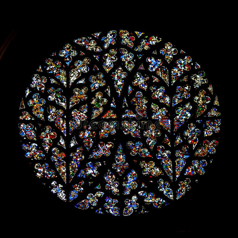 Free South Transept Rose - Bishop`s Eye, Stained Glass In Lincoln Cat Stock Image - 107031821