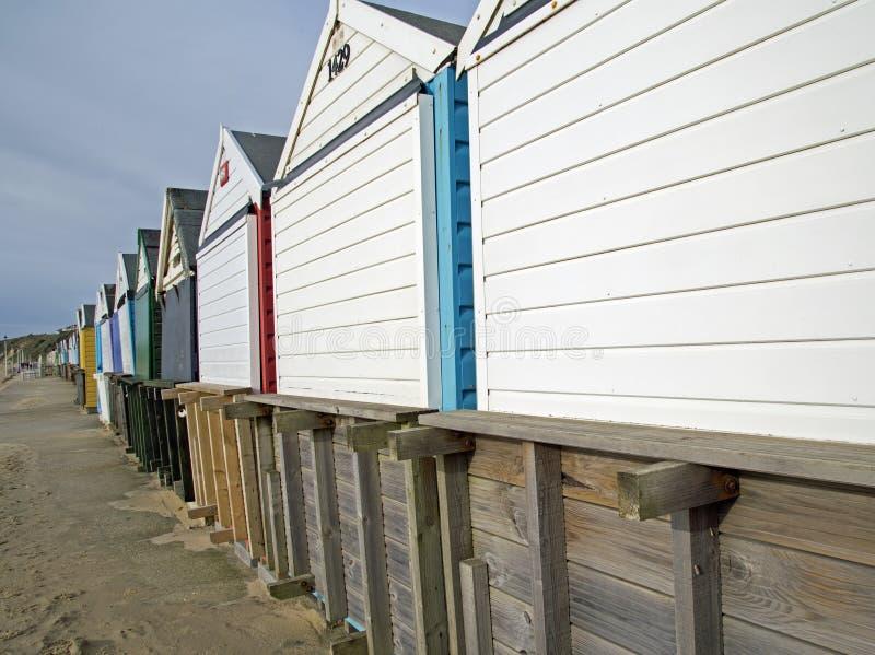 Southbourne Bournemouth, Dorset, England, a-sikten av stranden förlägga i barack arkivfoton
