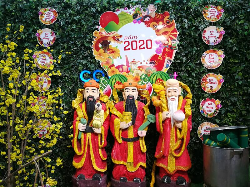 2020 Southeast Asia Vietnam Central Hue City Chinese New Year Decoration The Sanxing Local Supermarket market feng shui stock images