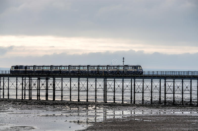 SOUTHEND ON SEA, ESSEX/UK - NOVEMBER 24 : Train running along So stock photo