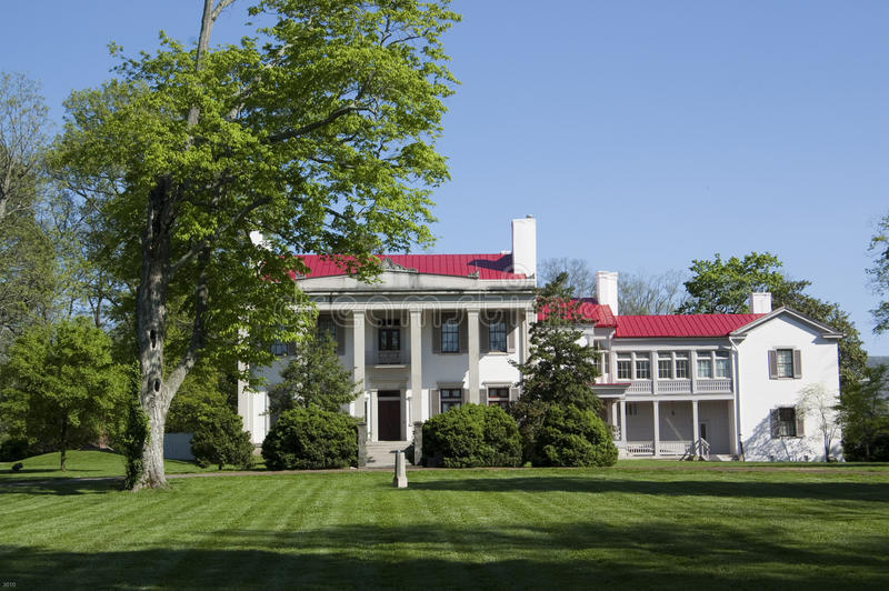 Southern-Style White Mansion royalty free stock photo