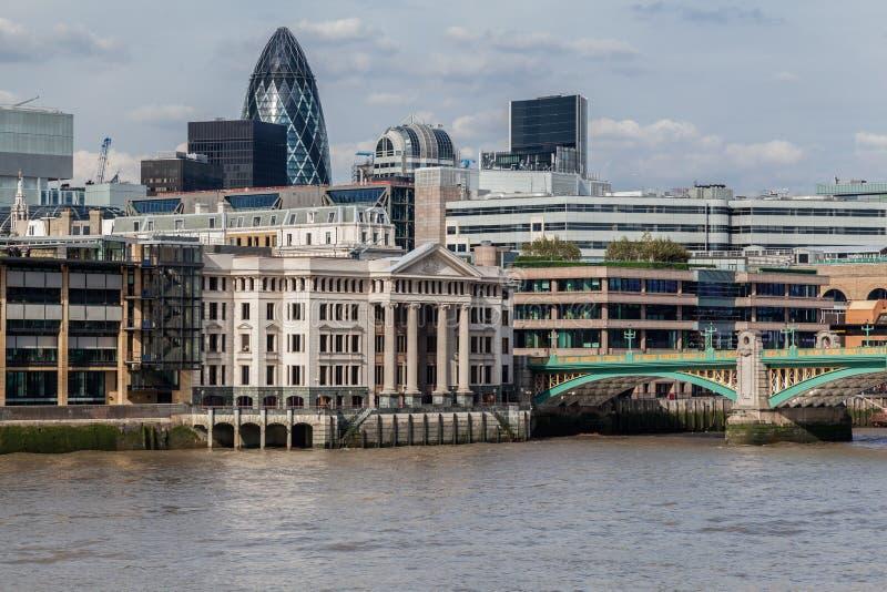 Southwark桥梁伦敦英国 免版税库存图片