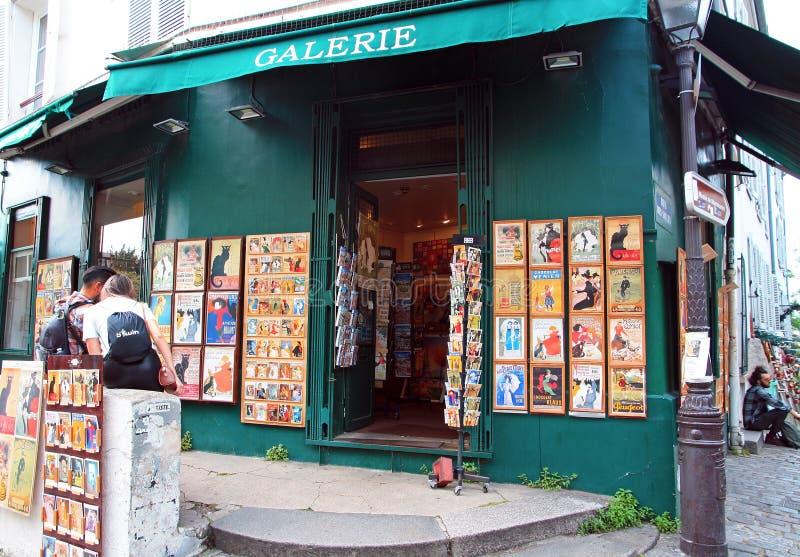Souvenir shoppar i Paris arkivfoton
