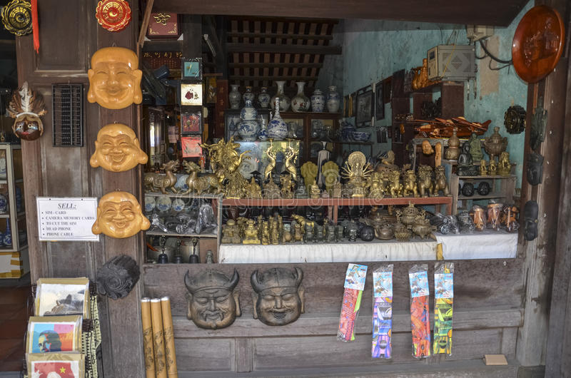 Souvenirladen in Hoi lizenzfreie stockfotos