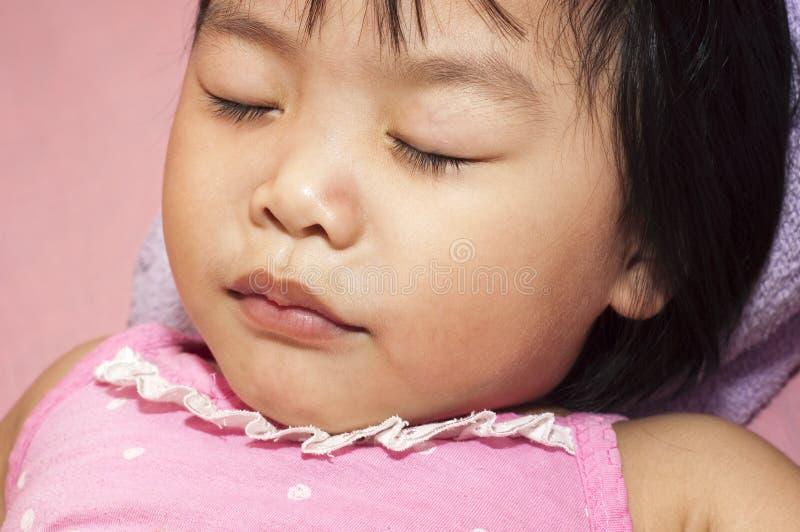 Sova barn arkivbilder