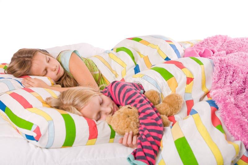 sova för 2 barn royaltyfri fotografi