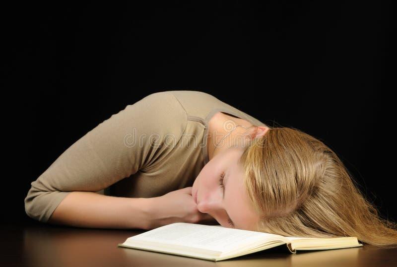 sova kvinna arkivbilder