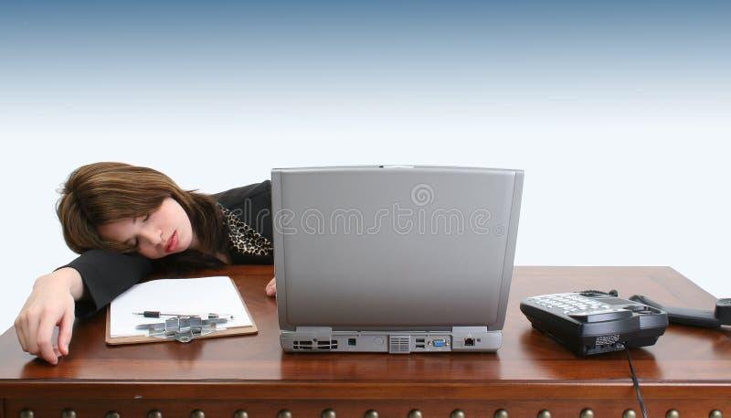 Download Sovande arbete arkivfoto. Bild av livlöst, borrad, hjälplöst - 284514