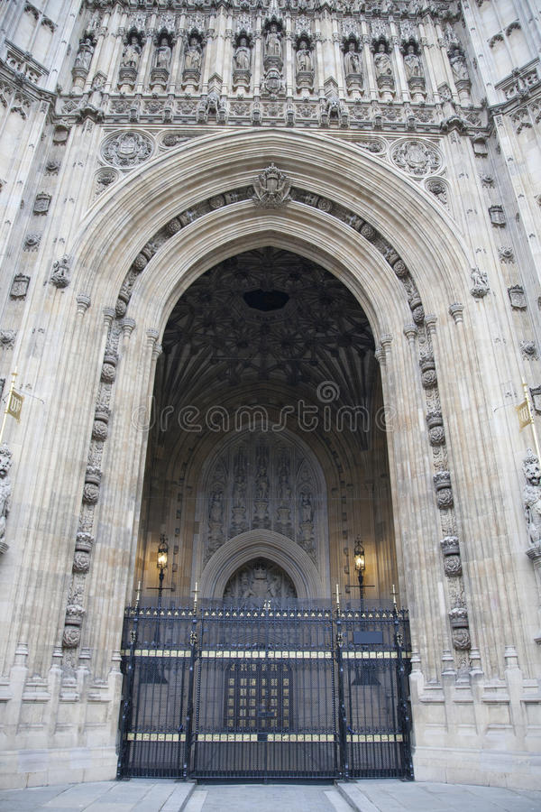 Download Sovereigns Entrance, Houses Of Parliament; Westminster; London Stock Photo - Image: 32716210