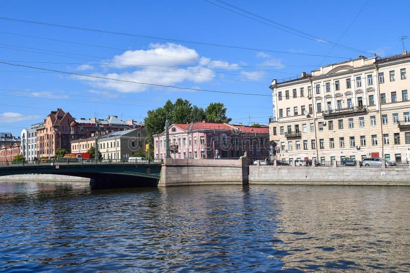 Sovetskaya Обваловка реки Fontanka в StPetersburg стоковые фото