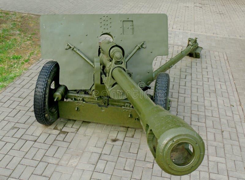 Soviet arma divisional de 76 milímetros de la Segunda Guerra Mundial ZiS-3 fotografía de archivo