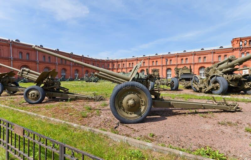 Soviet arma divisional M1936 (F-22) de 76 milímetros fotografía de archivo libre de regalías