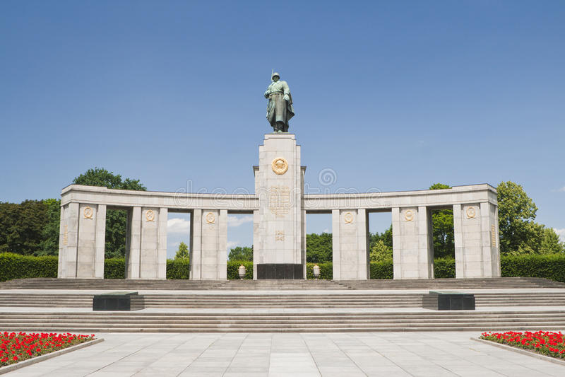 Download Soviet Soldier Monument - Berlin Germany Stock Photo - Image: 25835440