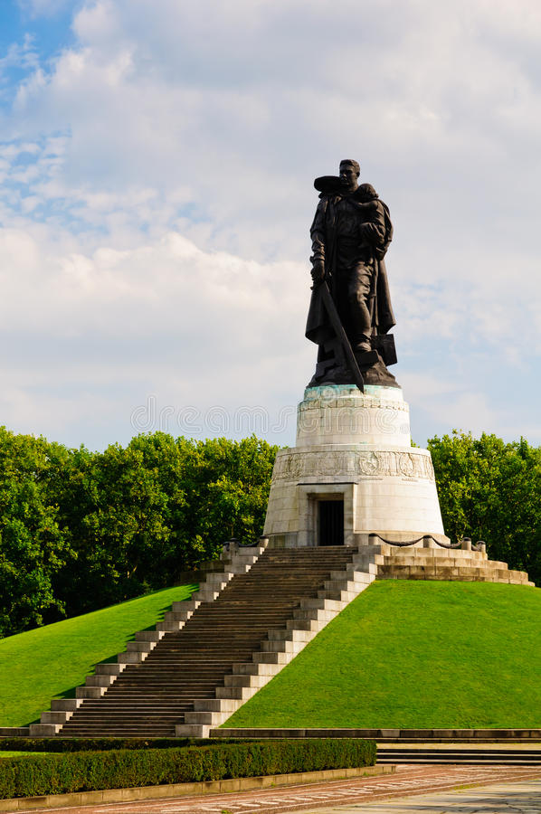 Soviet war memorial, berlin stock photos