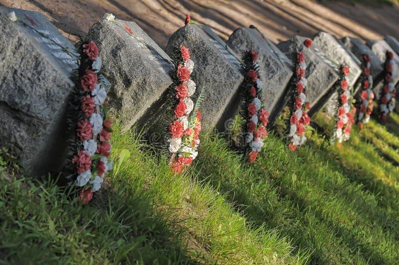 Sovjet begraafplaats stock afbeeldingen