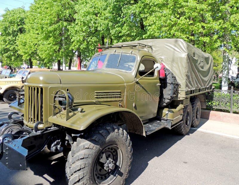 Sovjet post-WW2 algemeen doel 2 5 ton6x6 vrachtwagen zil-157 stock afbeeldingen
