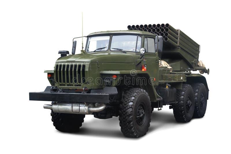 Sovjetisk åtskillig Rocket Launcher BM-21 akademiker mm som 122 monteras på chassi av lastbilen Ural-375D bakgrund isolerad white arkivfoto