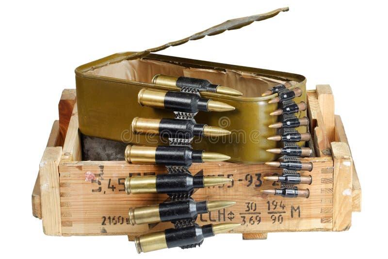 Sovjetisk arm?ammunitionask Text i ryss - typ av ammunitionar arkivbilder