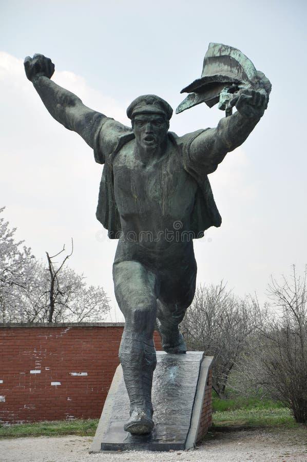 Sovjetmilitairstandbeeld in Boedapest stock afbeeldingen