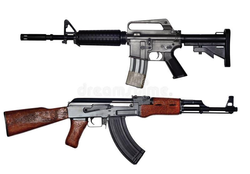 Sovjetunionen för USA gevär kontra gevär arkivfoto