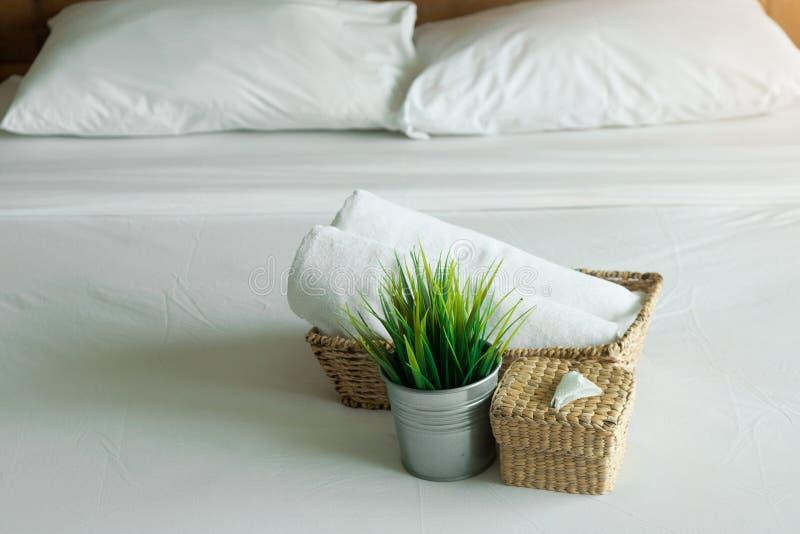 Sovrum i hotell för lopp och fritid arkivbilder