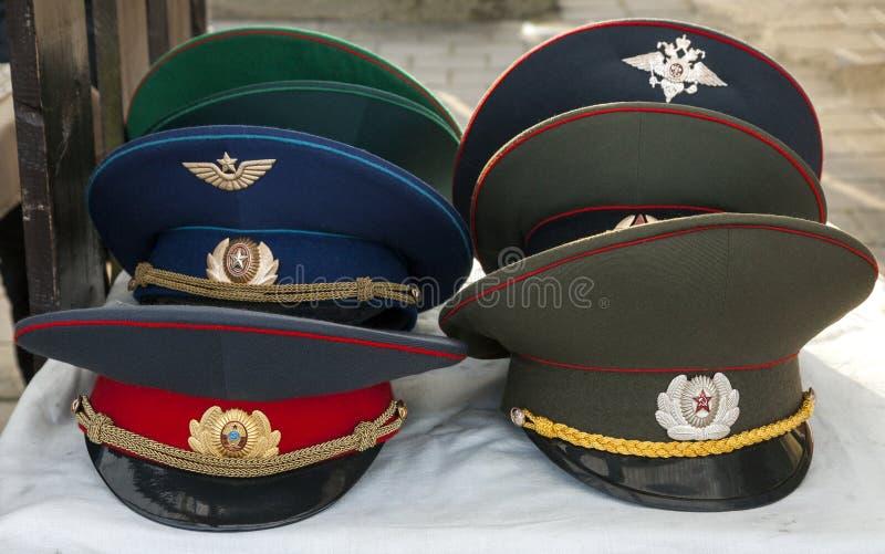 Sowjetische Armeekappen lizenzfreie stockbilder