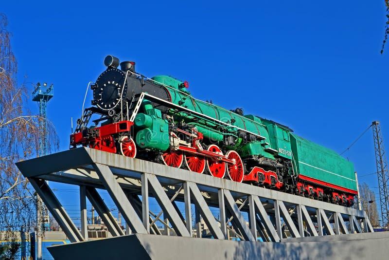 Sowjetische Passagierdampflokomotivklasse IST- Joseph Stalin vorbildliches IS20-578 in Kiew, Ukraine stockfotografie